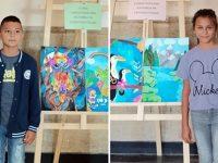 Малки художници показват творбите си в първа самостоятелна изложба в град Искър