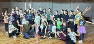 Шампион на България по спортни танци проведе обучителен семинар в Долни Дъбник