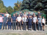 Плевенските пожарникари направиха дарение на Регионалния исторически музей